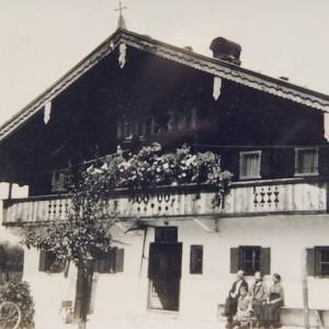 Historische Aufnahme: Astlingerhof um 1900